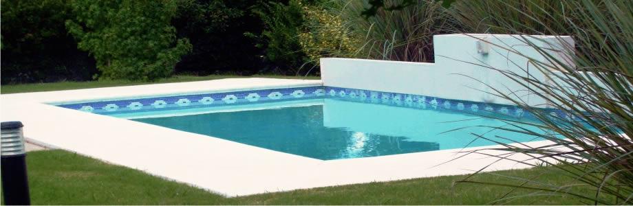Piscinas y piletas siglo xxi for Constructores de piscinas